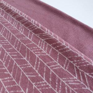merino-vilnos-trikotazas-pelenu-rozes-eglutes-3